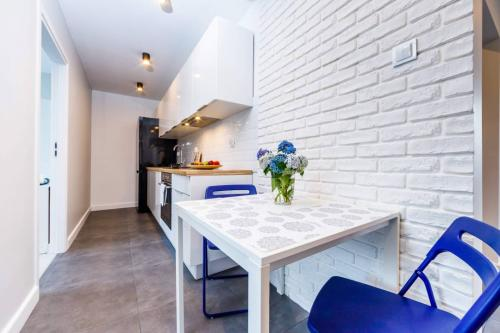 Mieszkanie dla Inwestora 64m2 - 5 pokoi - 1