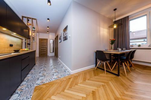 Loft w kamienicy - 3 pokoje - 49 m2 10