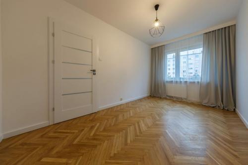 Nowoczesne mieszkanie dla rodziny - 4 pokoje 3