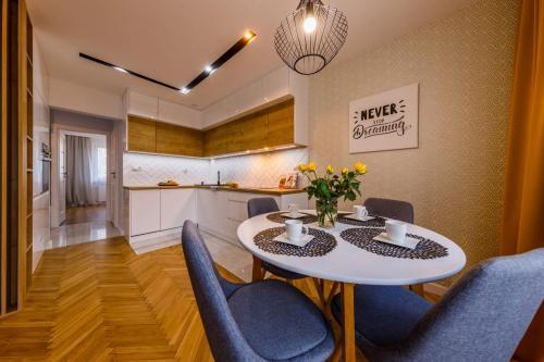 Nowoczesne mieszkanie dla rodziny - 4 pokoje 7